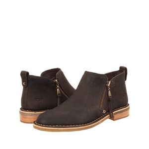 UGG Clementine Brown Leather Zip Ankle Boots
